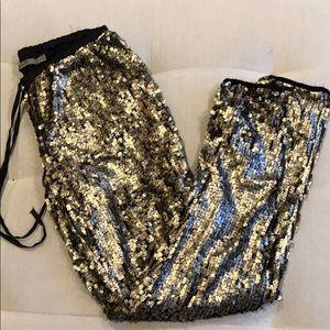 Aryn k szM gold glitter sequin jogger